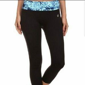 Pants - 3/$35 Black High Waist Capri Leggings